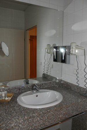 Starlight Suiten Hotel : Bathroom