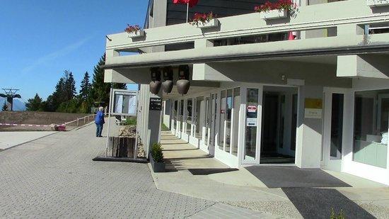 Hotel Rigi Kaltbad: entrance
