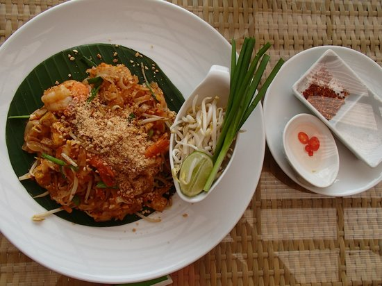 Villa Zolitude Resort and Spa: Pad thai