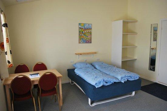 Værelse med dobbeltseng, udtræksseng og 1 køjeseng   6 sovepladser ...