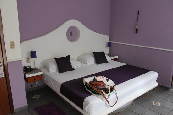 Hotel Quinto Sol : Постель