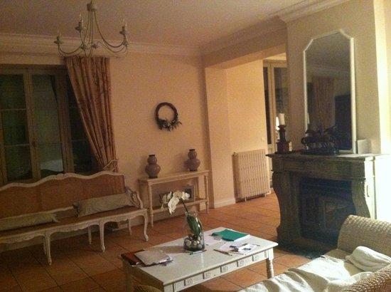 Le Clos Du Prince : Le salon des propriétaires (accès privé)