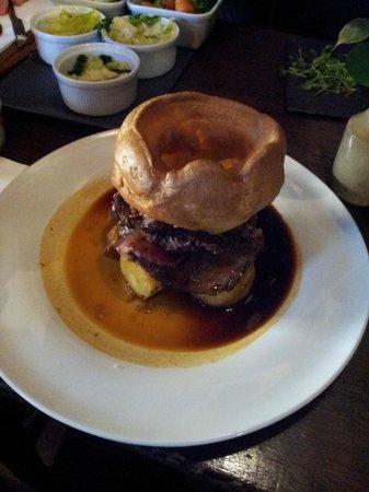 The Windsor Castle: Roasted beef