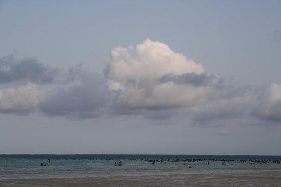 Big Tree Beach Hotel Mombasa Kenya: Eftermiddag solnedgången