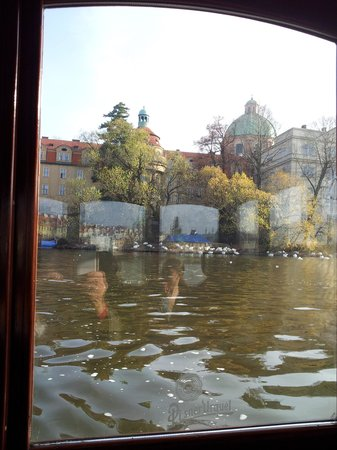 Prague-River-Cruises : Charles Bridge from the river
