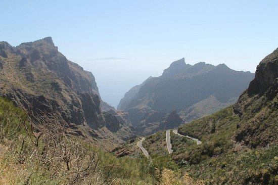 Masca, Spanien: Ущелье Maska,  в ущелье расположена одноименная деревня еще, около 50 лет назад она была практич