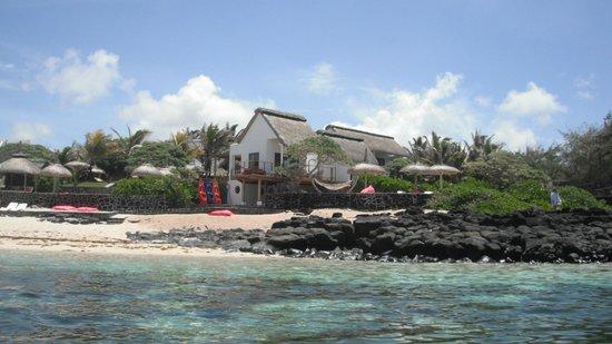 La Maison D'ete Hotel: Intimate beach