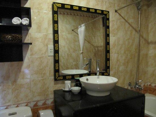 Thien Thanh Boutique Hotel : 洗面台