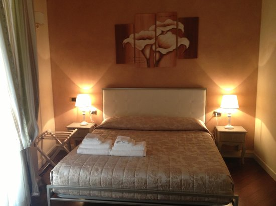 Made in Rome Bed&Breakfast: Room piazza Venezia