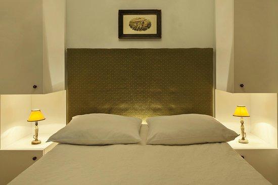 Crystal Suites : Exclusive Apartment - Bedroom