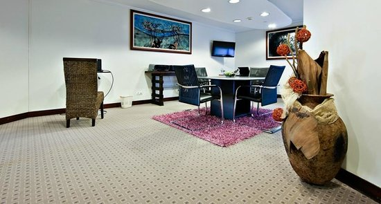 Hotel Continental: Business center