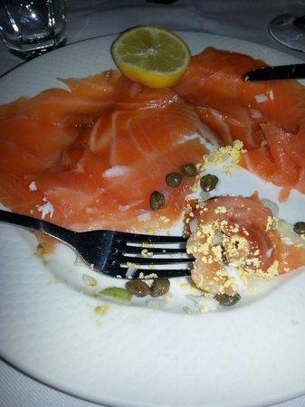 Botafumeiro: Smoked Salmon plate