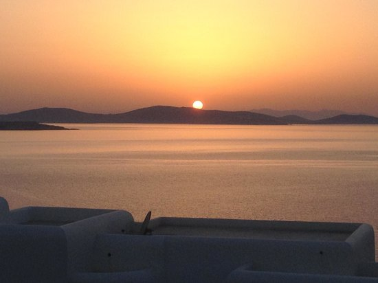 En Lefko Prive Suites: Sunset