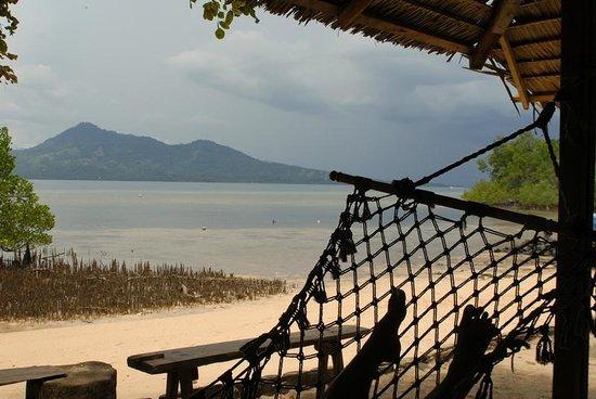 Bunaken Kuskus Resort: KuskusStrand