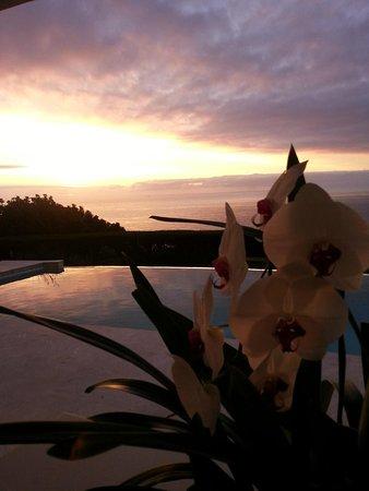 Atlantique Villa Camps Bay: sunset