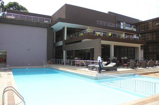 Boma Inn Eldoret: Swimming Pool View