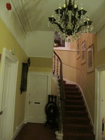 Annfield Guest House: Entrada