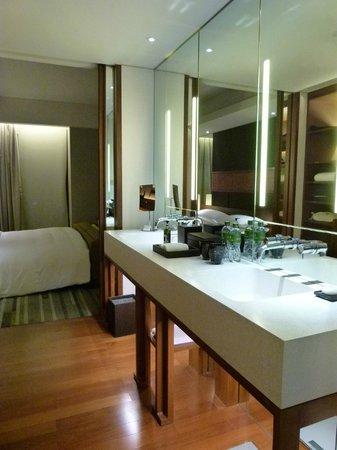 Hansar Bangkok Hotel : Badezimmer