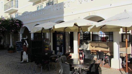 Bar O Cafe: front