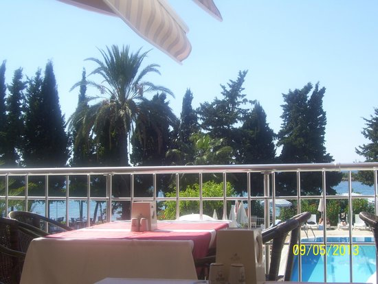 Incekum Su Hotel: вид с балкона ресторана