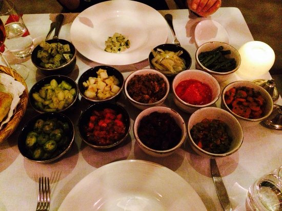 Riad Joya: Wonderful dinner....Moroccan salads