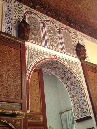 Sofitel Fes Palais Jamai: doorway to our room