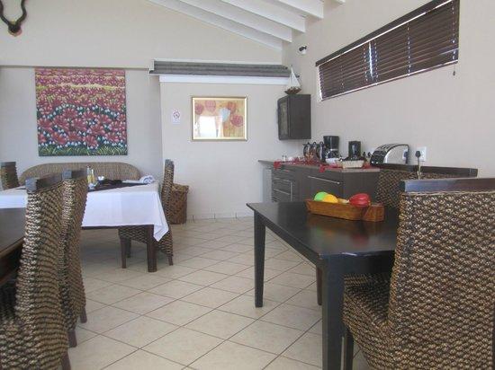 JayBay House: Lovely dining set up