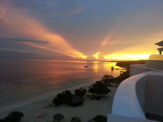 Iberostar Rose Hall Suites: Watching the sun rise.