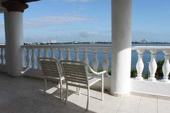 NYX Hotel Cancun: Терраса