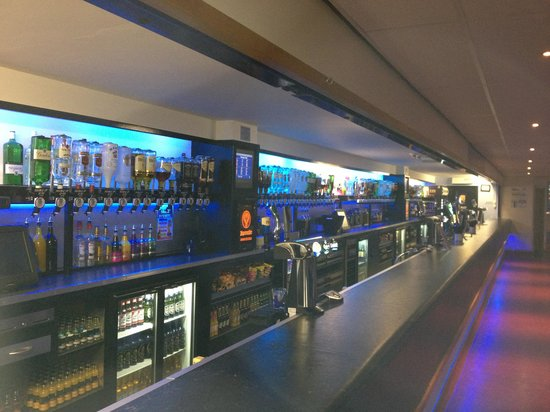Romford, UK: Main Bar 2