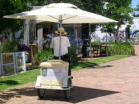 Spier Hotel: Vendedor de Sorvete do Hotel