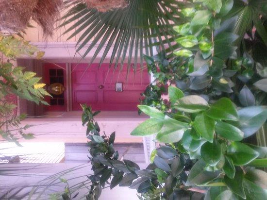 Creole Gardens Guesthouse Bed & Breakfast: Front door, Bordello Room #1