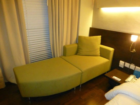 Novotel Manado Golf Resort & Convention Centre: couch