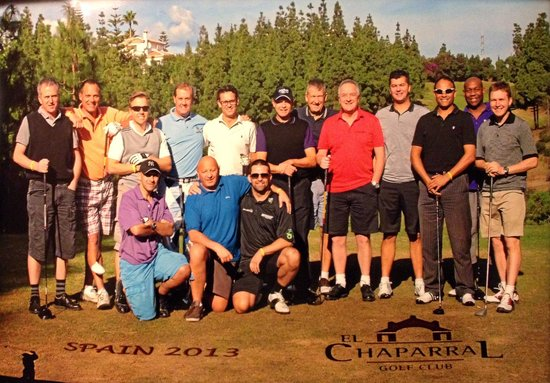 El Chaparral Golf Club: Group shot on the first tee