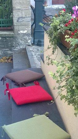 Focaccia in Piazzetta: Altra angolazione dell'esterno