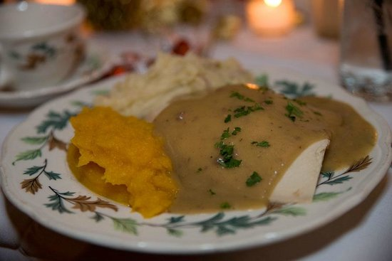 Salem Cross Inn Restaurant and Tavern: Turkey dinner- delicious!