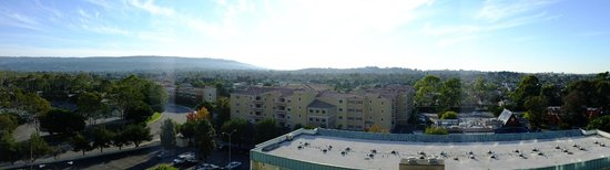 Doubletree by Hilton Torrance - South Bay: Panoramic Torrance