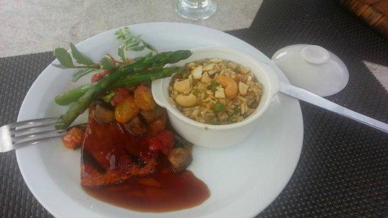 Restaurante Raices: Salmon