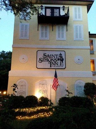 Front Of Inn Picture Saint Simons