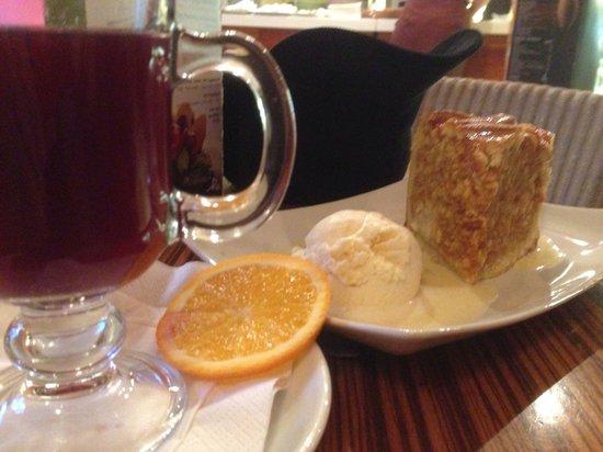 Slodki Wentzl: Apple pie and mulled wine
