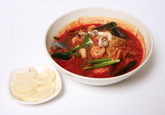 Lum Lum Korean Restaurant: jjamppong