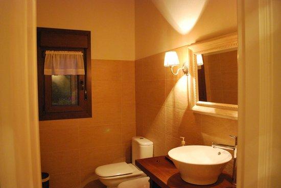 Casa de Aldea el Toral: Baño1