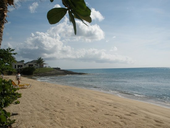 Hawksbill by Rex Resorts: North Beach looking South