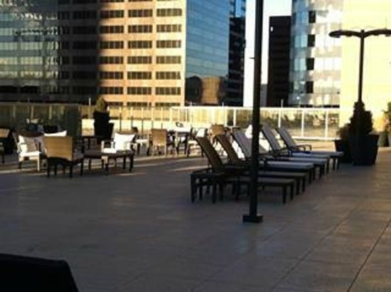 The Westin Denver Downtown: Pool Patio