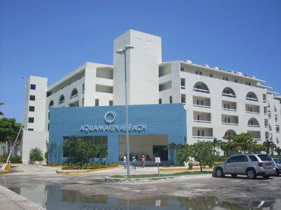 Aquamarina Beach Hotel Cancún