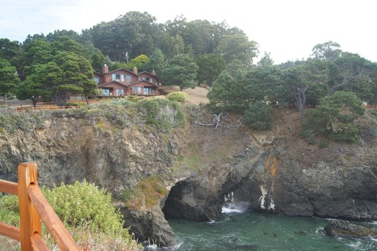 Heritage House Resort: Rooms on cliffs