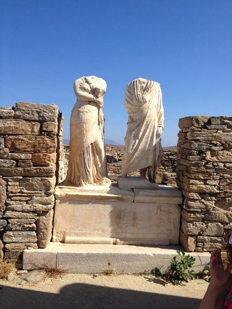 Oikia Kondos Mykonos : Day trips to Delos, the birthplace of Apollo!