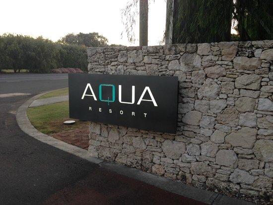 Aqua Resort Busselton: Resort Front during the day