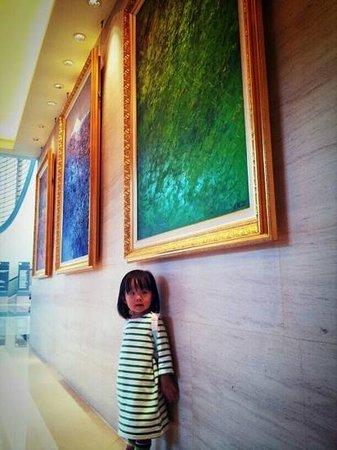 Windsor Hotel Taichung : 大廳畫廊
