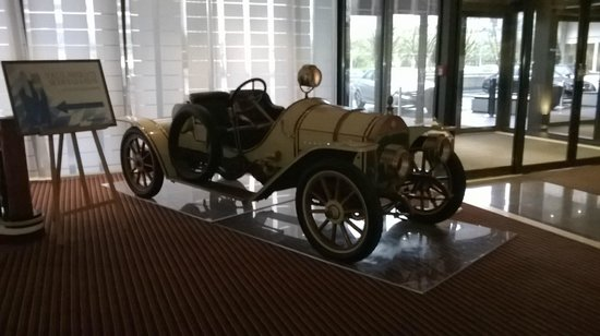The Westin Grand Munchen: Benz in the lobby